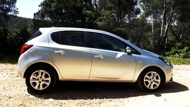 Opel Corsa Color Edition*clim*bluethooth*Parking Rond point du Prado avec Climatisation