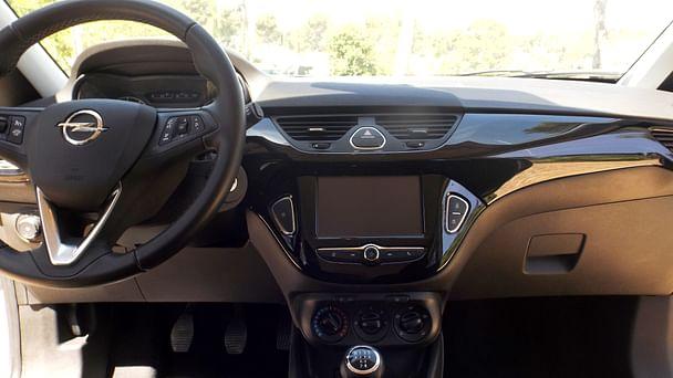 Opel Corsa Color Edition*clim*bluethooth*Parking Rond point du Prado avec GPS