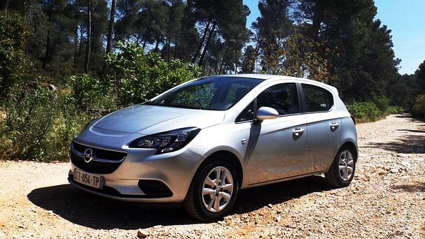 Opel Corsa Color Edition*clim*bluethooth*Parking Rond point du Prado avec Régulateur de vitesse